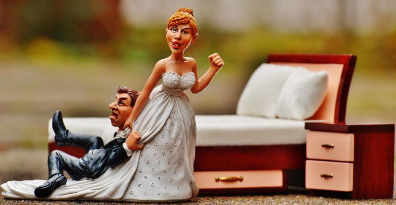 男性4人に1人、女性7人に1人が生涯未婚!あなたがそうならない方法